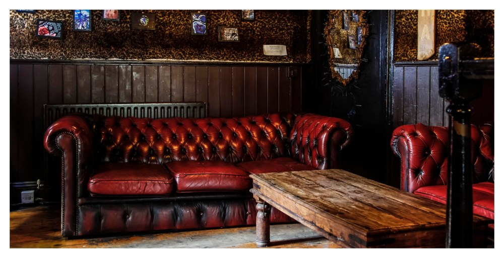 Caroline-Pub-Brighton-Lounge-Area