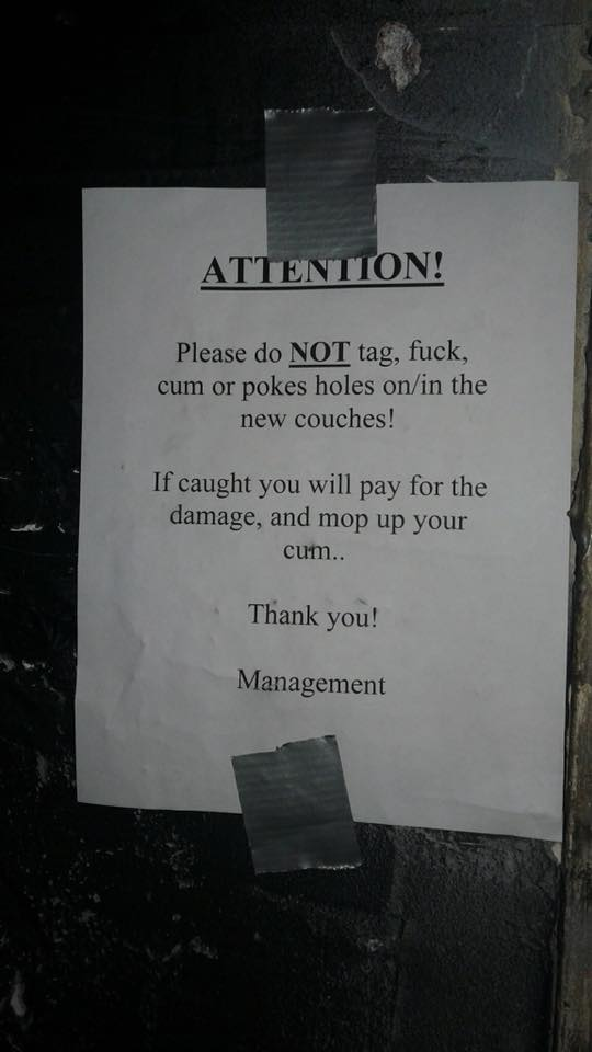 Instruction in Dive Bar